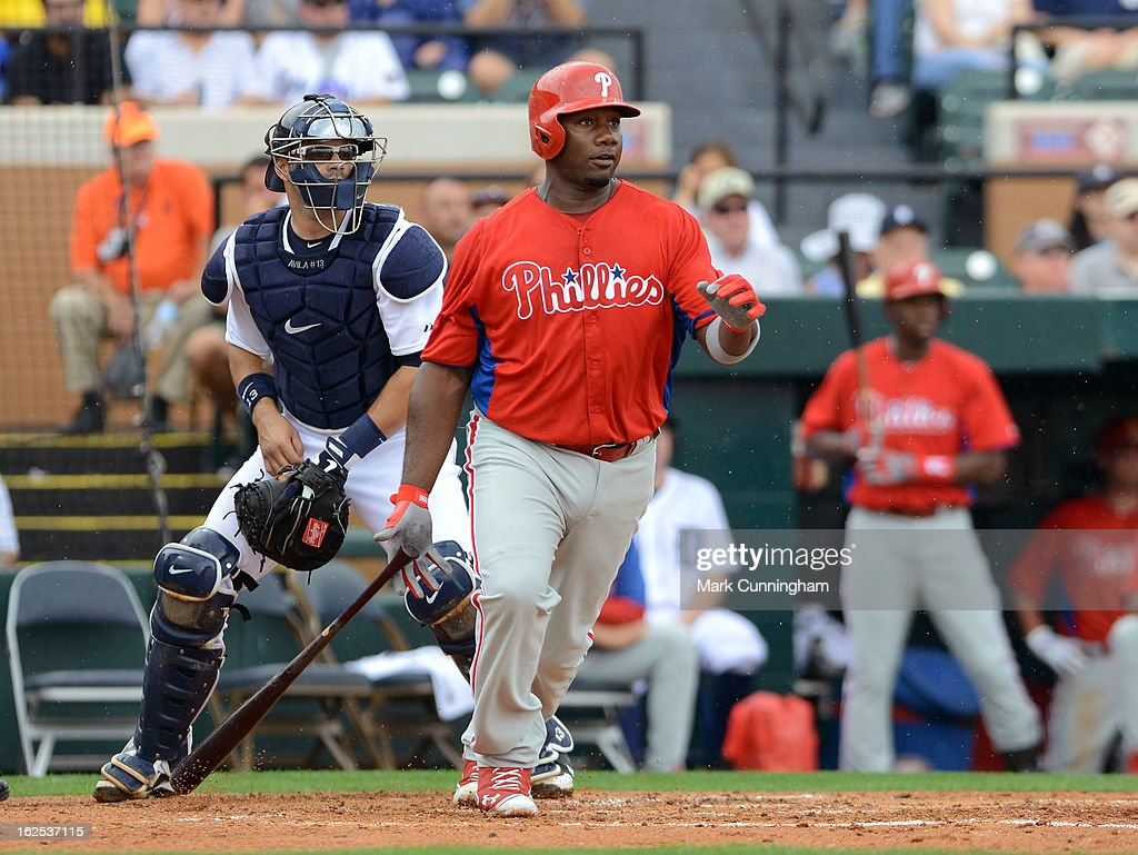 <a gi-track='captionPersonalityLinkClicked' href=/galleries/search?phrase=Ryan+Howard&family=editorial&specificpeople=551402 ng-click='$event.stopPropagation()'>Ryan Howard</a> #6 of the Philadelphia Phillies bats against the Detroit Tigers during the spring training game at Joker Marchant Stadium on February 24, 2013 in Lakeland, Florida. The game ended in a 10 inning 5-5 tie.