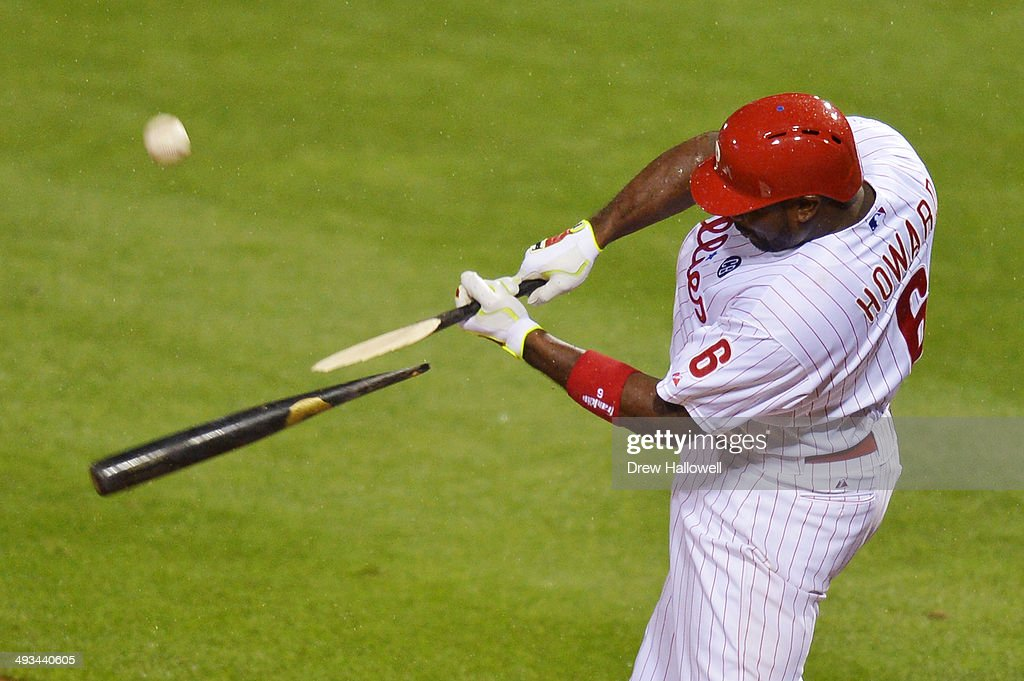 <a gi-track='captionPersonalityLinkClicked' href=/galleries/search?phrase=Ryan+Howard&family=editorial&specificpeople=551402 ng-click='$event.stopPropagation()'>Ryan Howard</a> #6 of the Philadelphia Phillies breaks his bat in the fourth inning against the Los Angeles Dodgers at Citizens Bank Park on May 23, 2014 in Philadelphia, Pennsylvania. The Dodgers won 2-0.