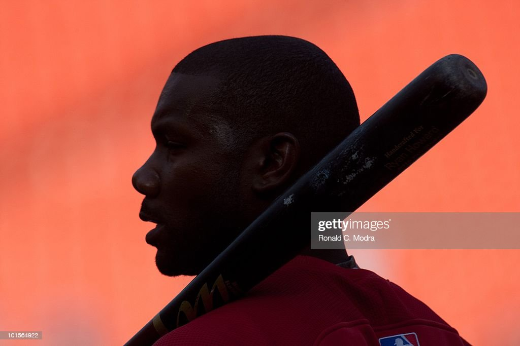Ryan Howard #6 of the Philadelphia Phillies during batting practice before a MLB game against the Florida Marlins in Sun Life Stadium on May 30, 2010 in Miami, Florida.