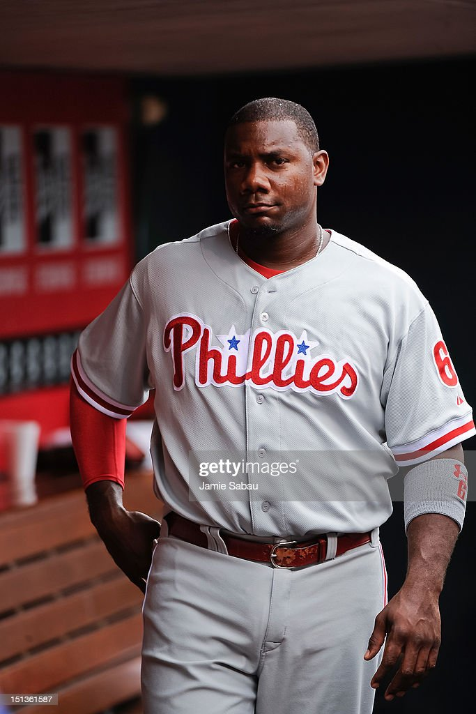 <a gi-track='captionPersonalityLinkClicked' href=/galleries/search?phrase=Ryan+Howard&family=editorial&specificpeople=551402 ng-click='$event.stopPropagation()'>Ryan Howard</a> #6 of the Philadelphia Phillies prepares to take the field against the Cincinnati Reds at Great American Ball Park on September 3, 2012 in Cincinnati, Ohio.