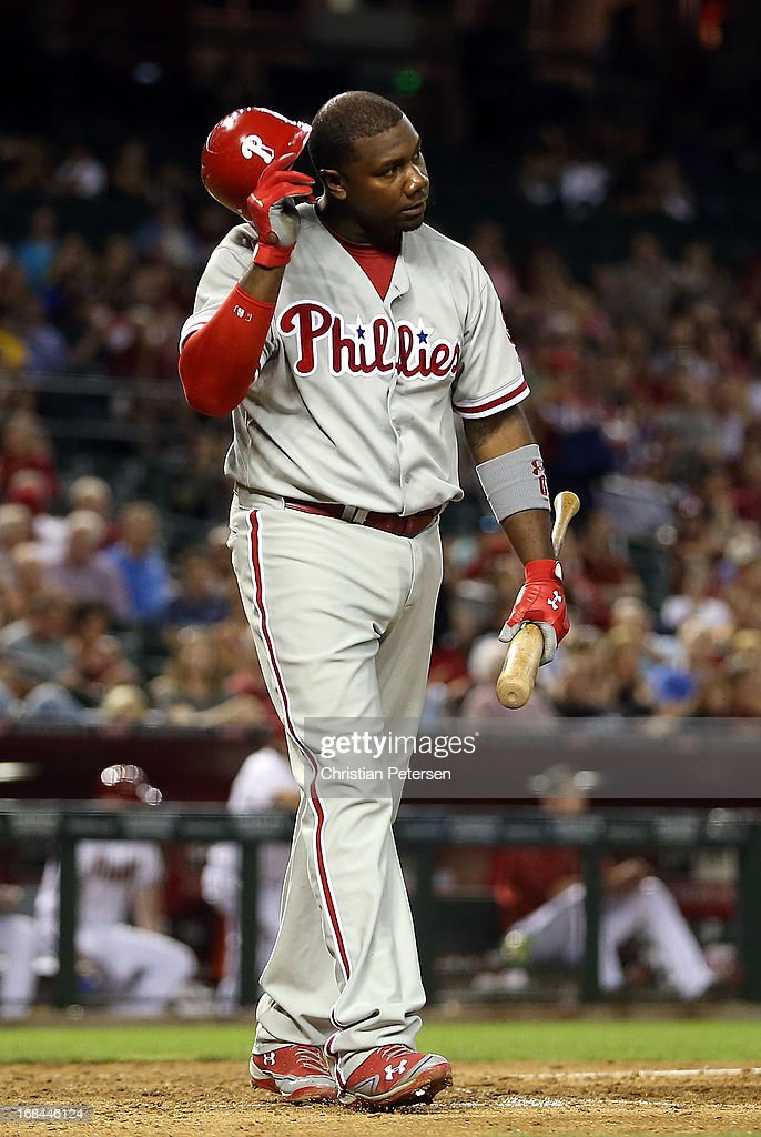<a gi-track='captionPersonalityLinkClicked' href=/galleries/search?phrase=Ryan+Howard&family=editorial&specificpeople=551402 ng-click='$event.stopPropagation()'>Ryan Howard</a> #6 of the Philadelphia Phillies reacts after striking out to end the sixth inning during the MLB game against the Arizona Diamondbacks at Chase Field on May 9, 2013 in Phoenix, Arizona.