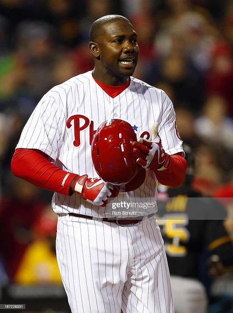 <a gi-track='captionPersonalityLinkClicked' href=/galleries/search?phrase=Ryan+Howard&family=editorial&specificpeople=551402 ng-click='$event.stopPropagation()'>Ryan Howard</a> #6 of the Philadelphia Phillies reacts to striking out in the third inning against of the Pittsburgh Pirates in a MLB baseball game on April 22, 2013 at Citizens Bank Park in Philadelphia, Pennsylvania.