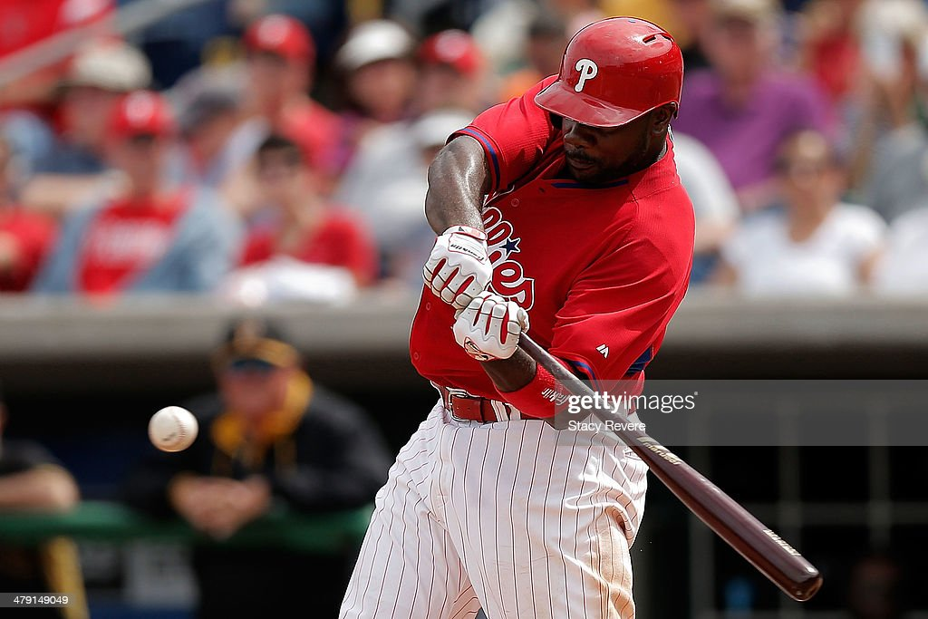 <a gi-track='captionPersonalityLinkClicked' href=/galleries/search?phrase=Ryan+Howard&family=editorial&specificpeople=551402 ng-click='$event.stopPropagation()'>Ryan Howard</a> #6 of the Philadelphia Phillies swings at a pitch in the sixth inning of a game againt the Pittsburgh Pirates at Bright House Field on March 16, 2014 in Clearwater, Florida. Pittsburgh won the game 5-0.