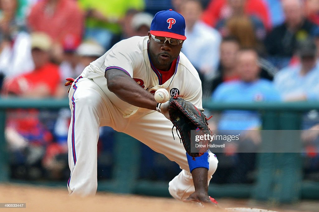 Ryan Howard #6 of the Philadelphia Phillies waits to catch the ball on a double play in the third inning against the Los Angeles Angels of Anaheim at Citizens Bank Park on May 14, 2014 in Philadelphia, Pennsylvania.