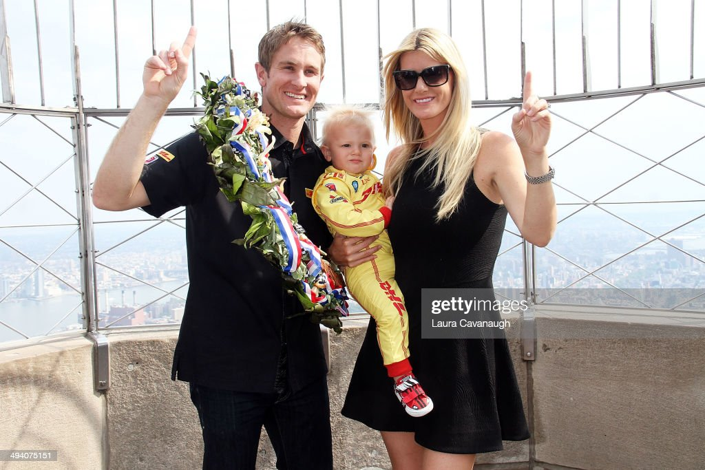 <a gi-track='captionPersonalityLinkClicked' href=/galleries/search?phrase=Ryan+Hunter-Reay&family=editorial&specificpeople=2197753 ng-click='$event.stopPropagation()'>Ryan Hunter-Reay</a>, <a gi-track='captionPersonalityLinkClicked' href=/galleries/search?phrase=Beccy+Hunter-Reay&family=editorial&specificpeople=11114221 ng-click='$event.stopPropagation()'>Beccy Hunter-Reay</a> and Ryden Hunter-Reay visit The Empire State Building on May 27, 2014 in New York City.