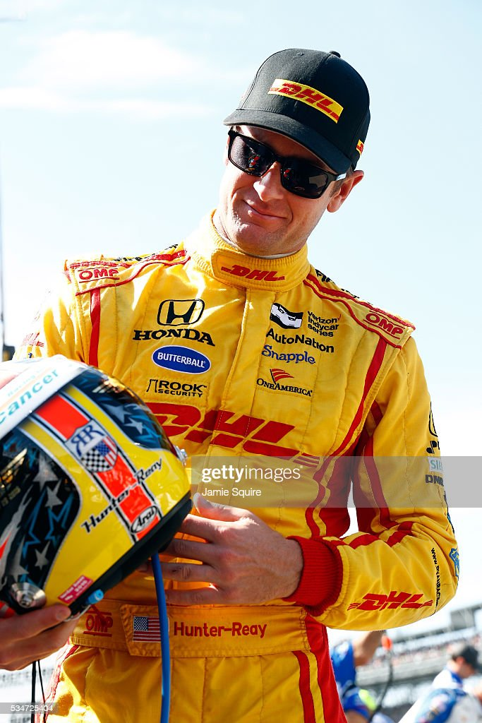 <a gi-track='captionPersonalityLinkClicked' href=/galleries/search?phrase=Ryan+Hunter-Reay&family=editorial&specificpeople=2197753 ng-click='$event.stopPropagation()'>Ryan Hunter-Reay</a>, driver of the #28 Andretti Autosport Honda Dallara, prepares to practice during Carb Day ahead of the 100th running of the Indianapolis 500 at Indianapolis Motorspeedway on May 27, 2016 in Indianapolis, Indiana.