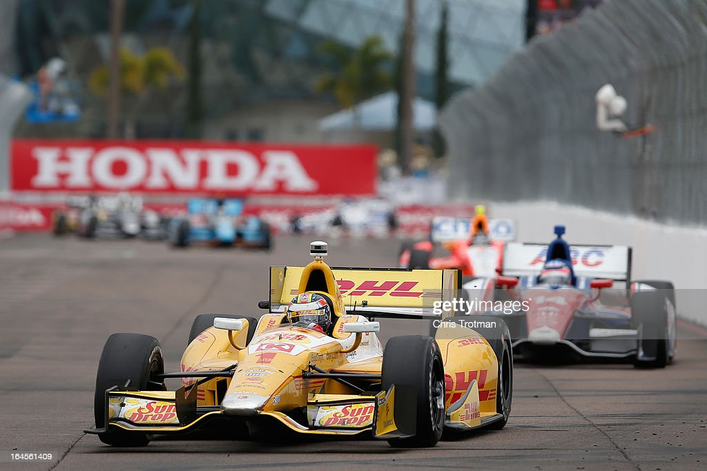Ryan Hunter-Reay, drives the DLH Andretti Autosport Dallara Chevrolet during the IZOD IndyCar Series Honda Grand Prix of St Petersburg on March 24, 2013 in St Petersburg, Florida.