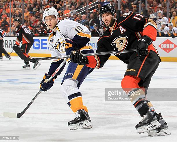 Ryan Kesler of the Anaheim Ducks battles for position against Calle Jarnkrok of the Nashville Predators in Game Five of the Western Conference First...