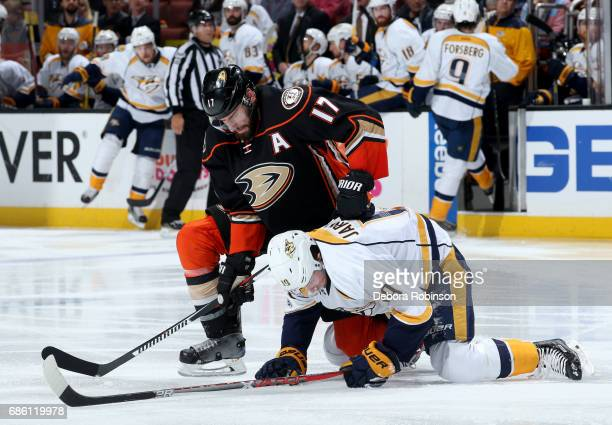 Ryan Kesler of the Anaheim Ducks battles for position against Calle Jarnkrok of the Nashville Predators in Game Five of the Western Conference Final...