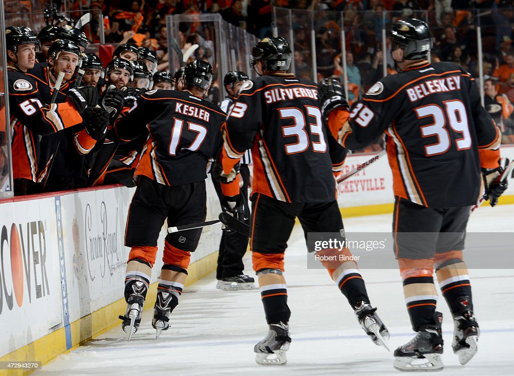 Ryan Kesler #17 of the Anaheim Ducks celebrates with his teammates after his second period goal against the Calgary Flames in Game Five of the Western Conference Semifinals during the 2015 NHL Stanley Cup Playoffs at Honda Center on May 10, 2015 in Anaheim, California.