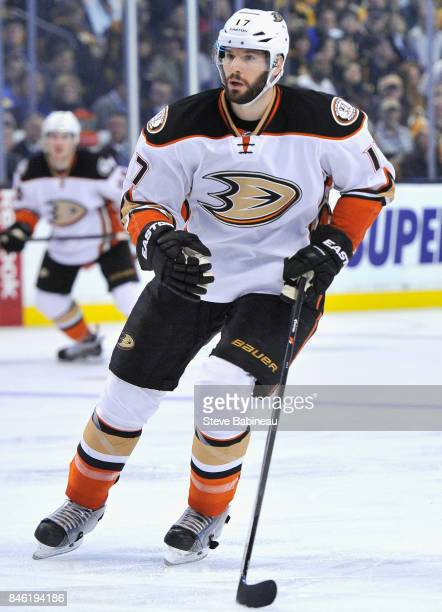 Ryan Kesler of the Anaheim Ducks plays in the game against the Boston Bruins at TD Garden on March 26 2015 in Boston Massachusetts