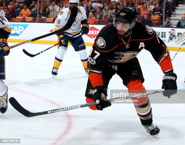 Ryan Kesler of the Anaheim Ducks skates during the game against the Nashville Predators in Game Five of the Western Conference Final during the 2017...