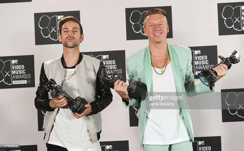 Ryan Lewis and <a gi-track='captionPersonalityLinkClicked' href=/galleries/search?phrase=Macklemore&family=editorial&specificpeople=7639427 ng-click='$event.stopPropagation()'>Macklemore</a> attend the 2013 MTV Video Music Awards at the Barclays Center on August 25, 2013 in the Brooklyn borough of New York City.