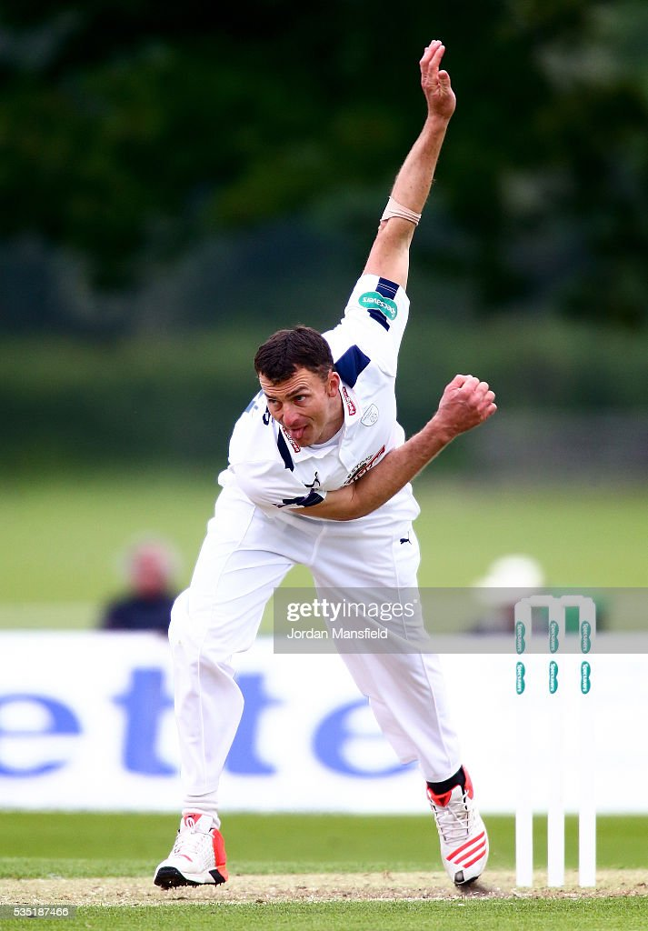 <a gi-track='captionPersonalityLinkClicked' href=/galleries/search?phrase=Ryan+McLaren&family=editorial&specificpeople=2227619 ng-click='$event.stopPropagation()'>Ryan McLaren</a> of Hampshire bowls during day one of the Specsavers County Championship Division One match between Middlesex and Hampshire at Merchant Taylors' School on May 29, 2016 in Northwood, England.