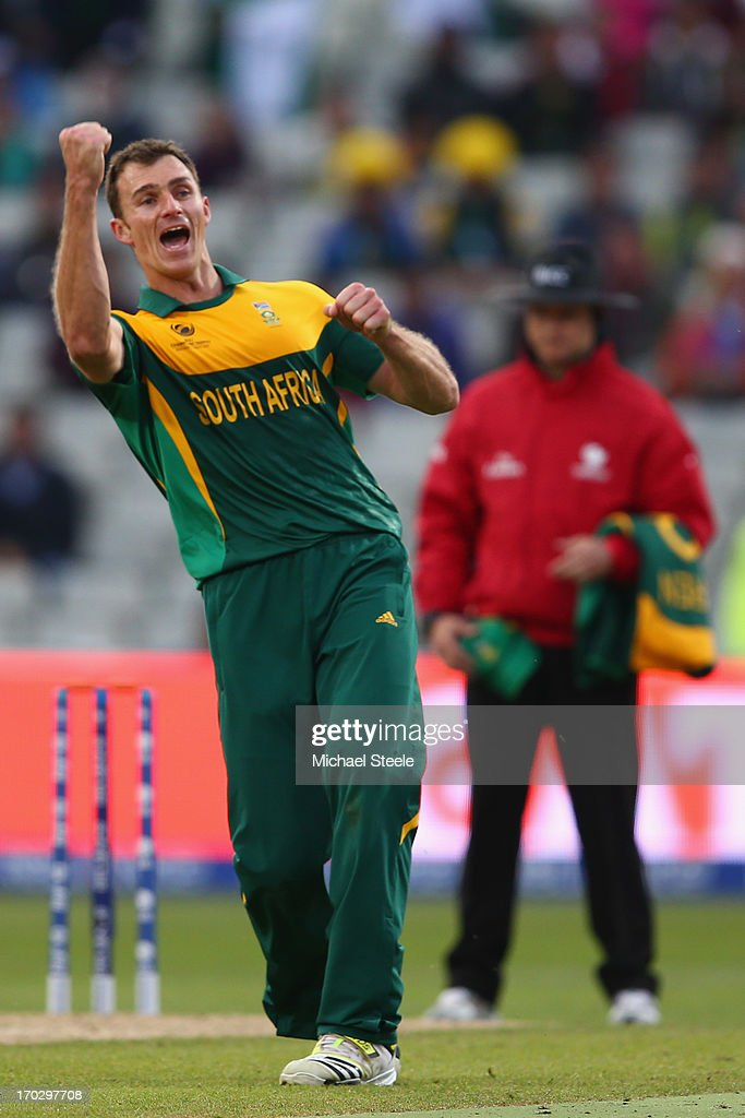<a gi-track='captionPersonalityLinkClicked' href=/galleries/search?phrase=Ryan+McLaren&family=editorial&specificpeople=2227619 ng-click='$event.stopPropagation()'>Ryan McLaren</a> of South Africa celebrates taking the last wicket of Junaid Khan of Pakistan during the ICC Champions Trophy Group B match between Pakistan and South Africa at Edgbaston on June 10, 2013 in Birmingham, England.
