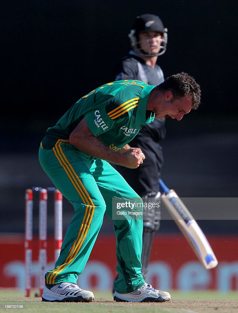 <a gi-track='captionPersonalityLinkClicked' href=/galleries/search?phrase=Ryan+McLaren&family=editorial&specificpeople=2227619 ng-click='$event.stopPropagation()'>Ryan McLaren</a> of South africa reacts during the 1st One Day International match between South Africa and New Zealand at Boland Park on January 19, 2013 in Paarl, South Africa.