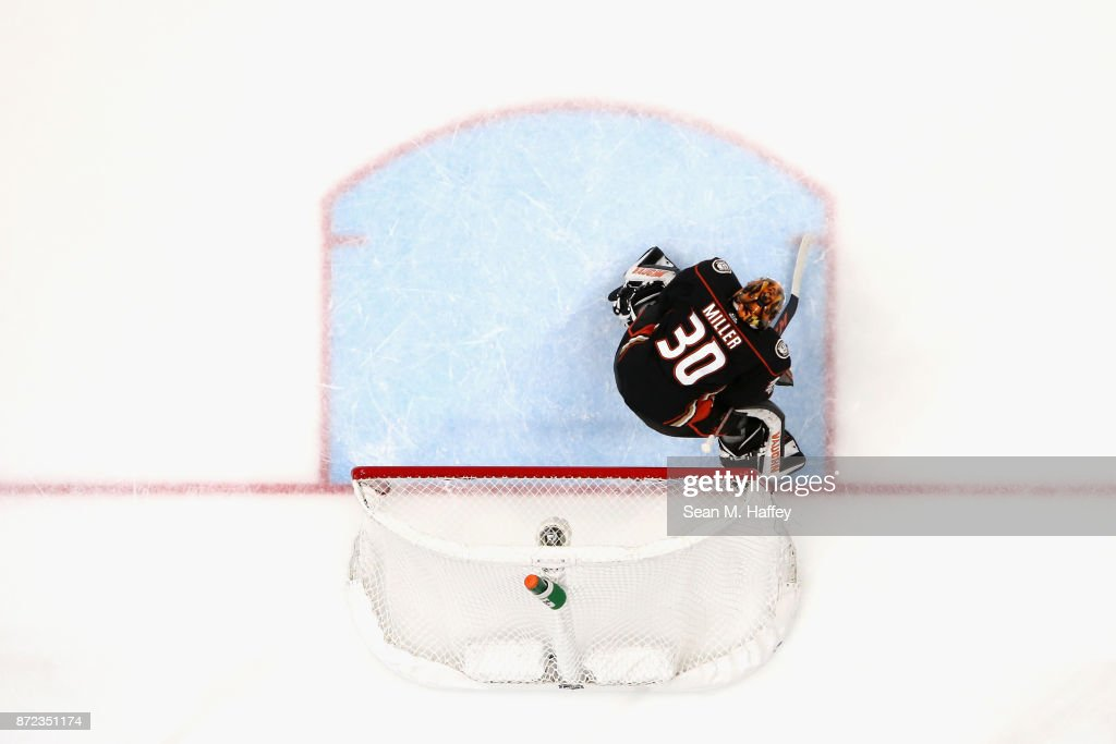 Ryan Miller #30 of the Anaheim Ducks tends goal during the second period of a game against the Vancouver Canucks at Honda Center on November 9, 2017 in Anaheim, California.