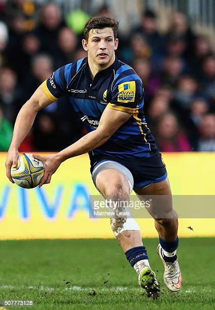 Ryan Mills of Worcester Warriors in action during the Aviva Premiership match between Worcester Warriors and Exeter Chiefs at Sixways Stadium on...