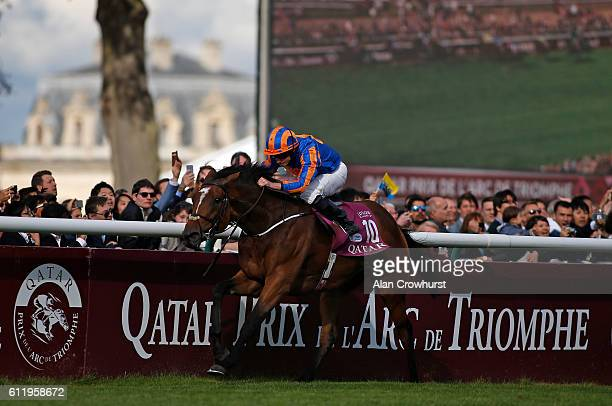 Ryan Moore riding Found win The Qatar Prix de l'Arc de Triomphe at Chantilly racecourse on October 02 2016 in Chantilly France
