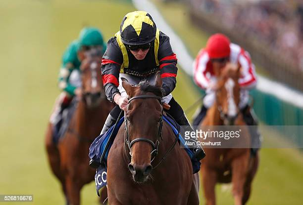 Ryan Moore riding Global Applause win The Hot Streak Future Stars Maiden Stakes at Newmarket racecourse on May 1 2016 in Newmarket England