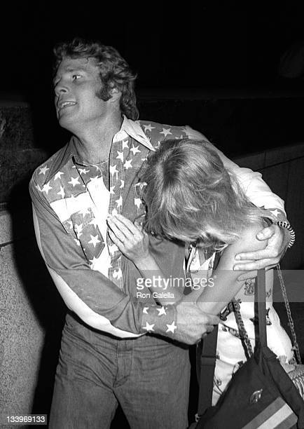 Ryan O'Neal and actress Goldie Hawn attend Stars For McGovern Campaign Rally on June 14 1972 at Madison Square Garden in New York City