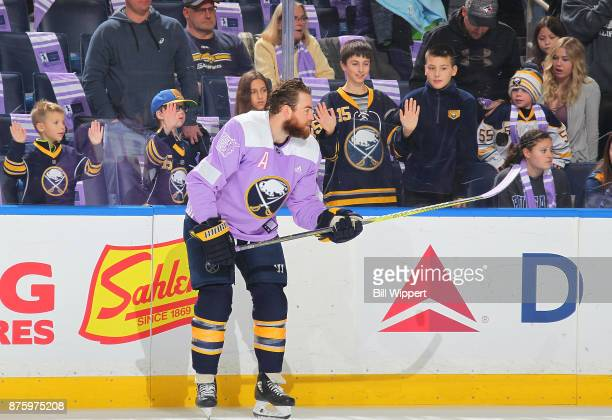 Ryan O'Reilly of the Buffalo Sabres warms up on Hockey Fights Cancer Night before an NHL game against the Carolina Hurricanes on November 18 2017 at...