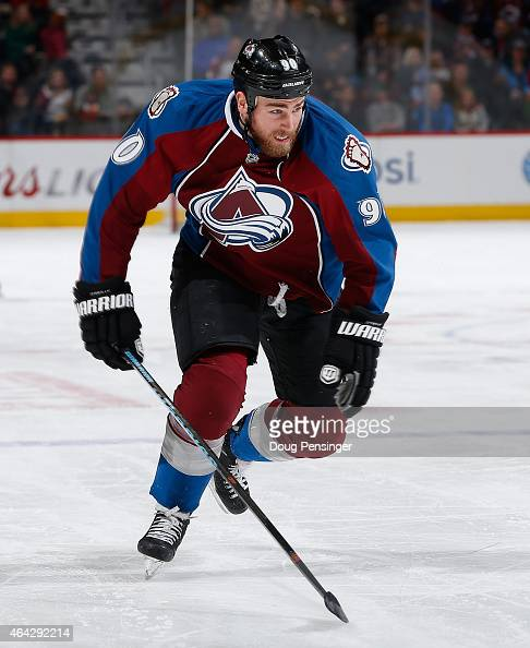 Ryan O'Reilly of the Colorado Avalanche skates against the Tampa Bay Lightning at Pepsi Center on February 22 2015 in Denver Colorado The Avalanche...