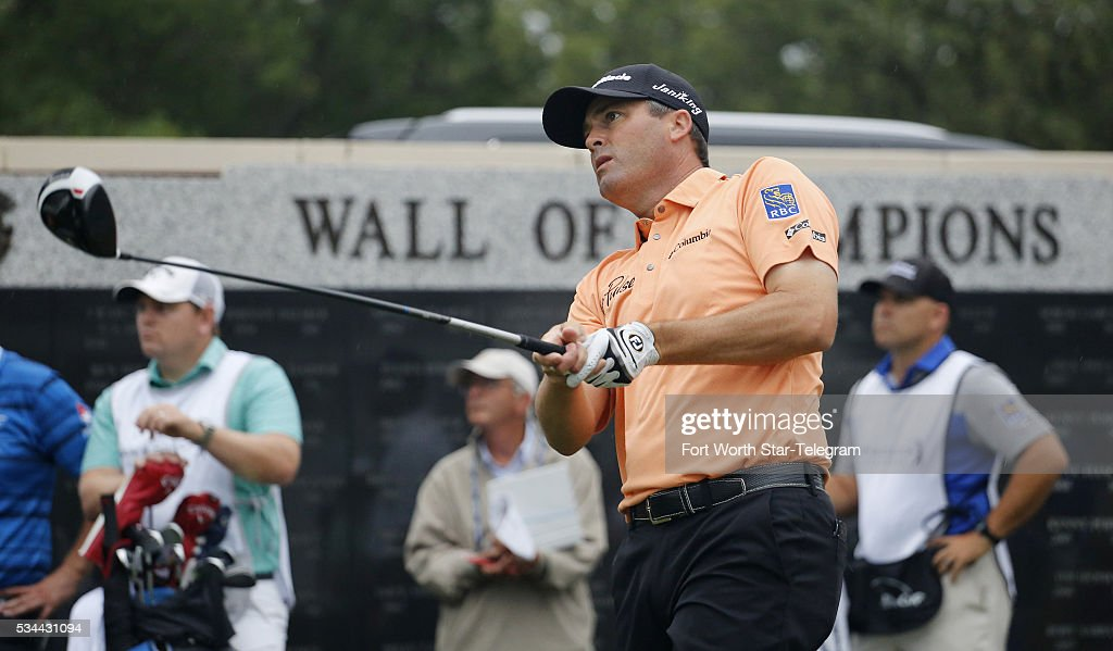 Ryan Palmer watches his shot from the first tee at the Dean & DeLuca Invitational on May 26, 2016 in Fort Worth, Texas.