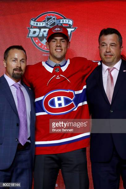 Ryan Poehling poses for photos after being selected 25th overall by the Montreal Canadiens during the 2017 NHL Draft at the United Center on June 23...