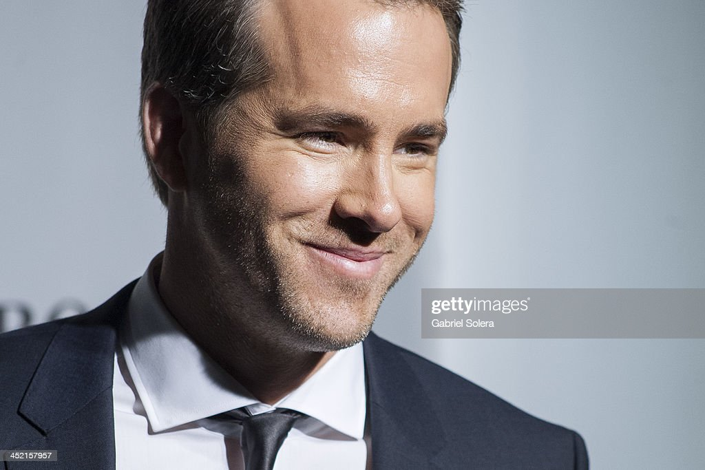 <a gi-track='captionPersonalityLinkClicked' href=/galleries/search?phrase=Ryan+Reynolds&family=editorial&specificpeople=204149 ng-click='$event.stopPropagation()'>Ryan Reynolds</a> attends 'Boss Bottled' 15th Anniversary at the Eurostars Hotel on November 26, 2013 in Madrid, Spain.