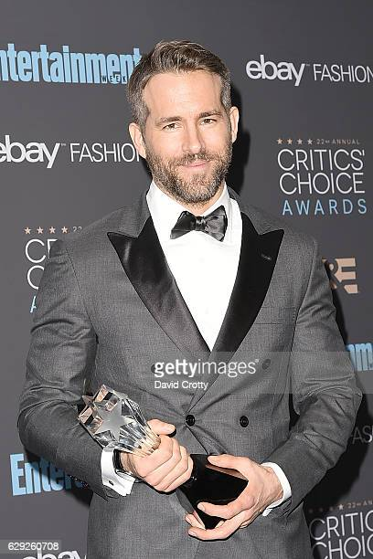 Ryan Reynolds attends the 22nd Annual Critics' Choice Awards Press Room at Barker Hangar on December 11 2016 in Santa Monica California