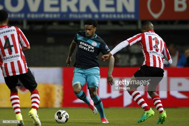 Ryan Sanusi of Sparta Rotterdam Jurgen Locadia of PSV Denzel Dumfries of Sparta Rotterdamduring the Dutch Eredivisie match between Sparta Rotterdam...
