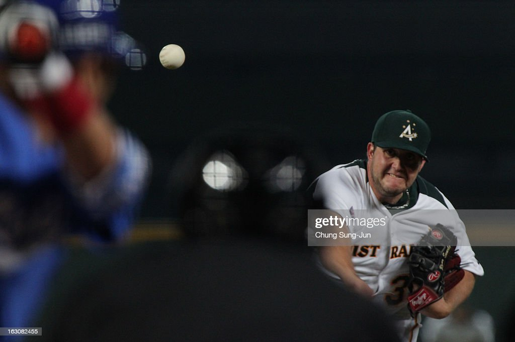Ryan Searle of Australia pitches in the second inning during the World Baseball Classic First Round Group B match between South Korea and Australia at Intercontinental Baseball Stadium on March 4, 2013 in Taichung, Taiwan.