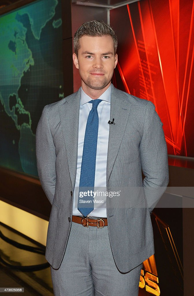 "WPP Group CEO Sir Martin Sorrell And  Ryan Serhant Visit Fox Business Network's ""Opening Bell"" - May 15, 2015"