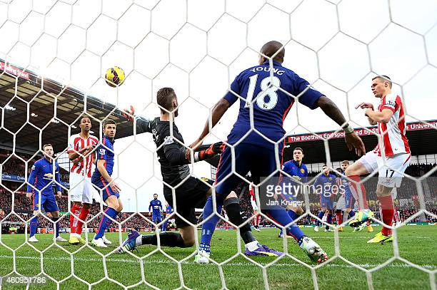 Ryan Shawcross of Stoke City scores the first goal during the Barclays Premier League match between Stoke City and Manchester United at Britannia...