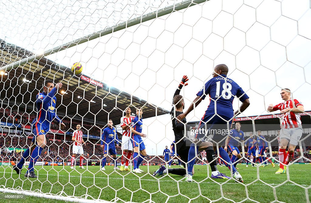 Ryan Shawcross of Stoke City scores the first goal during the Barclays Premier League match between Stoke City and Manchester United at Britannia Stadium on January 1, 2015 in Stoke on Trent, England.