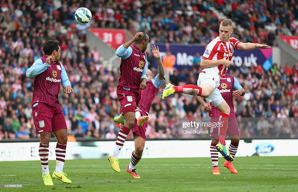 <a gi-track='captionPersonalityLinkClicked' href=/galleries/search?phrase=Ryan+Shawcross&family=editorial&specificpeople=4443278 ng-click='$event.stopPropagation()'>Ryan Shawcross</a> of Stoke City watches an attempt on goal go just wide during the Barclays Premier League match between Stoke City and Aston Villa at Britannia Stadium on August 16, 2014 in Stoke on Trent, England.