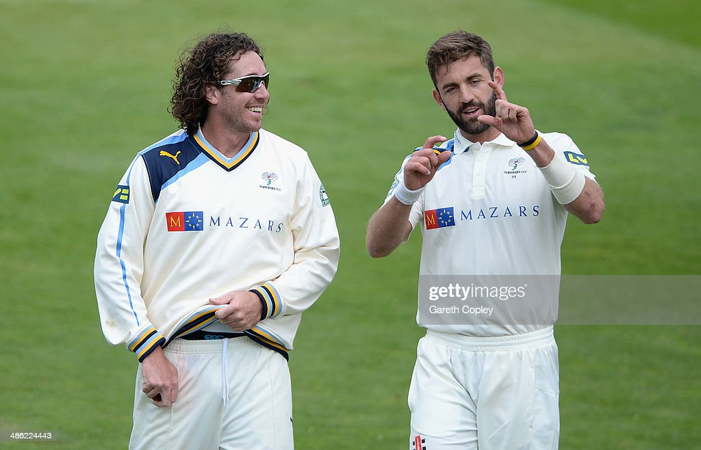 <a gi-track='captionPersonalityLinkClicked' href=/galleries/search?phrase=Ryan+Sidebottom&family=editorial&specificpeople=621602 ng-click='$event.stopPropagation()'>Ryan Sidebottom</a> of Yorkshire speaks with <a gi-track='captionPersonalityLinkClicked' href=/galleries/search?phrase=Liam+Plunkett&family=editorial&specificpeople=535638 ng-click='$event.stopPropagation()'>Liam Plunkett</a> during day four of the LV County Championship division One match between Yorkshire and Northamptonshire at Headingley on April 23, 2014 in Leeds, England.