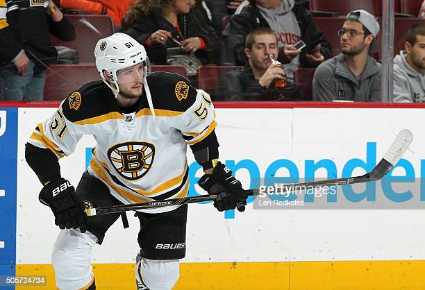 Ryan Spooner of the Boston Bruins warms up prior to his game against the Philadelphia Flyers on January 13 2016 at the Wells Fargo Center in...