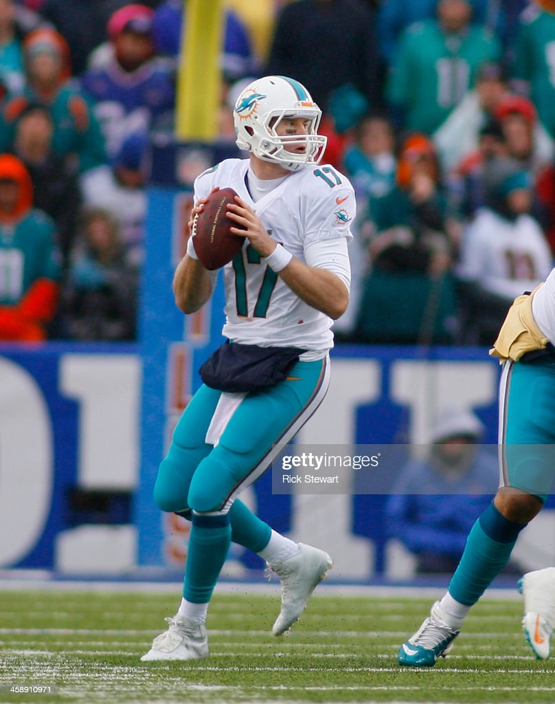 <a gi-track='captionPersonalityLinkClicked' href=/galleries/search?phrase=Ryan+Tannehill&family=editorial&specificpeople=5573174 ng-click='$event.stopPropagation()'>Ryan Tannehill</a> #17 of the Miami Dolphins looks to pass against the Buffalo Bills at Ralph Wilson Stadium on December 22, 2013 in Orchard Park, New York. Buffalo won 16-0.