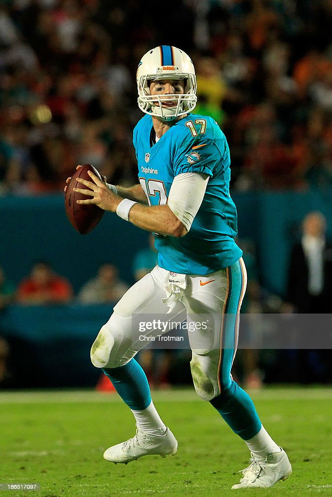 <a gi-track='captionPersonalityLinkClicked' href=/galleries/search?phrase=Ryan+Tannehill&family=editorial&specificpeople=5573174 ng-click='$event.stopPropagation()'>Ryan Tannehill</a> #17 of the Miami Dolphins looks to pass the ball against the Cincinnati Bengals at Sun Life Stadium on October 31, 2013 in Miami Gardens, Florida.