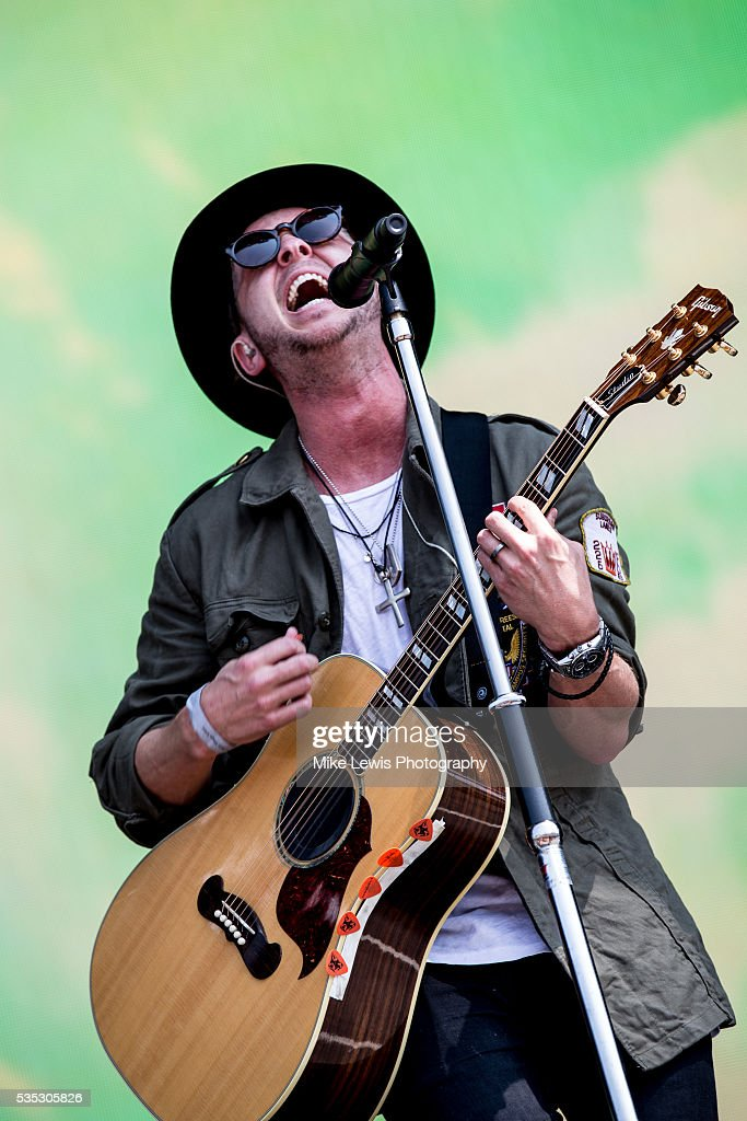 <a gi-track='captionPersonalityLinkClicked' href=/galleries/search?phrase=Ryan+Tedder&family=editorial&specificpeople=4651553 ng-click='$event.stopPropagation()'>Ryan Tedder</a> of One Republic performs on stage at Powderham Castle on May 29, 2016 in Exeter, England.
