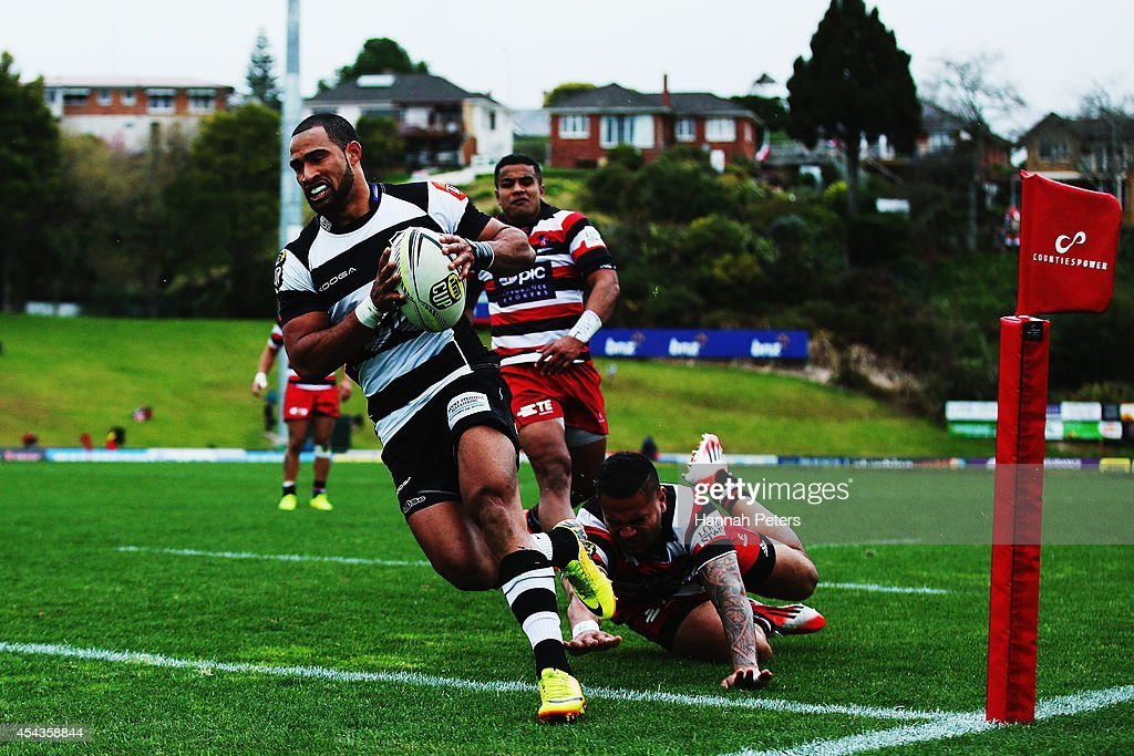Ryan Tongia of the Hawke's Bay Magpies runs over to score a try during the ITM Cup rugby game between the Counties Manukau Steelers and the Hawke's Bay Magpies at ECOLight Stadium on August 30, 2014 in Pukekohe, New Zealand.