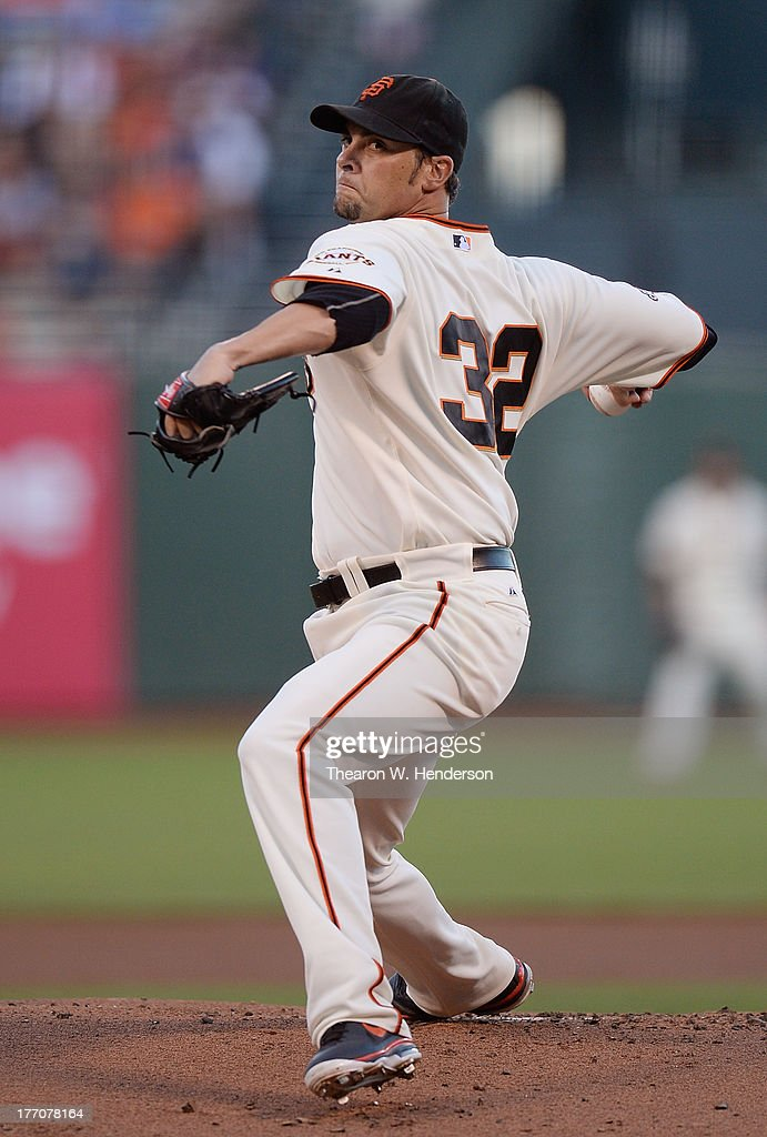 <a gi-track='captionPersonalityLinkClicked' href=/galleries/search?phrase=Ryan+Vogelsong&family=editorial&specificpeople=670011 ng-click='$event.stopPropagation()'>Ryan Vogelsong</a> #32 of the San Francisco Giants pitches against the Boston Red Sox at AT&T Park on August 20, 2013 in San Francisco, California.