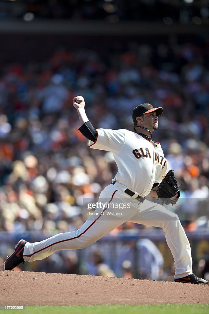 <a gi-track='captionPersonalityLinkClicked' href=/galleries/search?phrase=Ryan+Vogelsong&family=editorial&specificpeople=670011 ng-click='$event.stopPropagation()'>Ryan Vogelsong</a> #32 of the San Francisco Giants pitches against the Pittsburgh Pirates during the seventh inning at AT&T Park on August 25, 2013 in San Francisco, California.