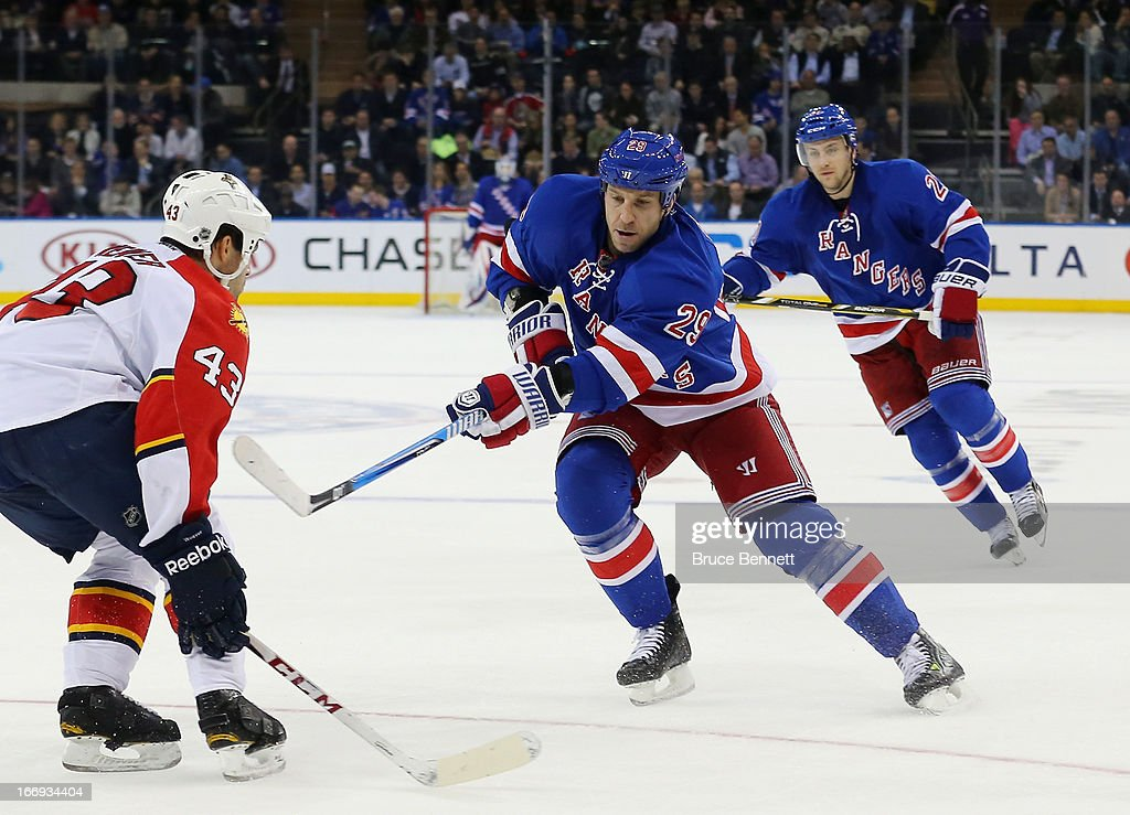 <a gi-track='captionPersonalityLinkClicked' href=/galleries/search?phrase=Ryane+Clowe&family=editorial&specificpeople=736658 ng-click='$event.stopPropagation()'>Ryane Clowe</a> #29 of the New York Rangers skates against the Florida Panthers at Madison Square Garden on April 18, 2013 in New York City. The Rangers defeated the Panthers 6-1.