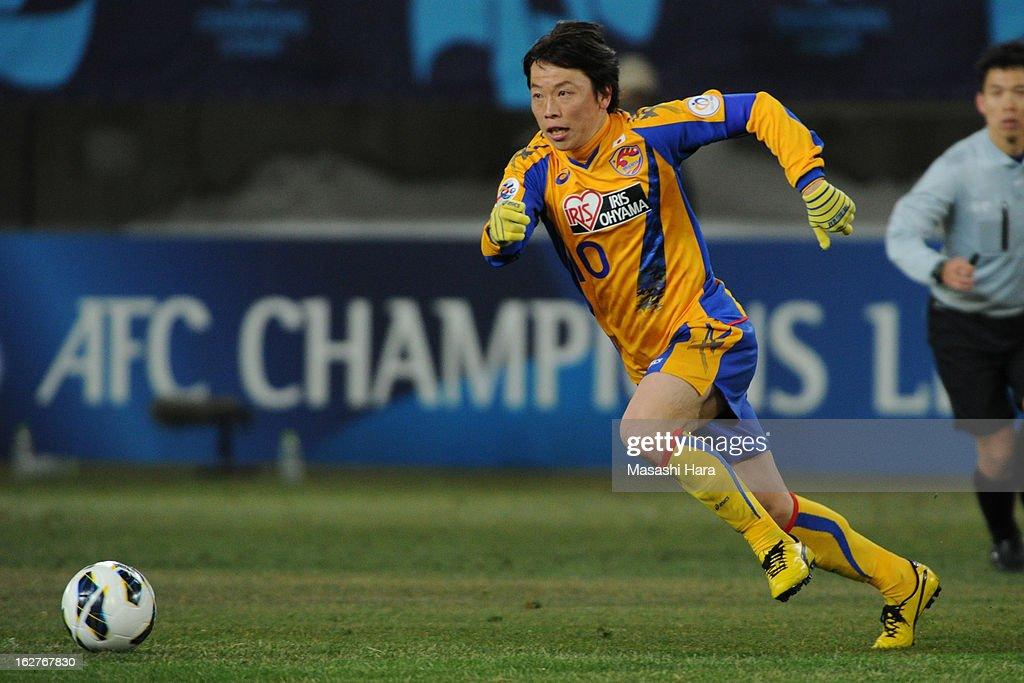 Ryang Yong Gi #10 of Vegalta Sendai in action during the AFC Champions League Group E match between Vegalta Sendai and Buriram United at Sendai Stadium on February 26, 2013 in Sendai, Japan.