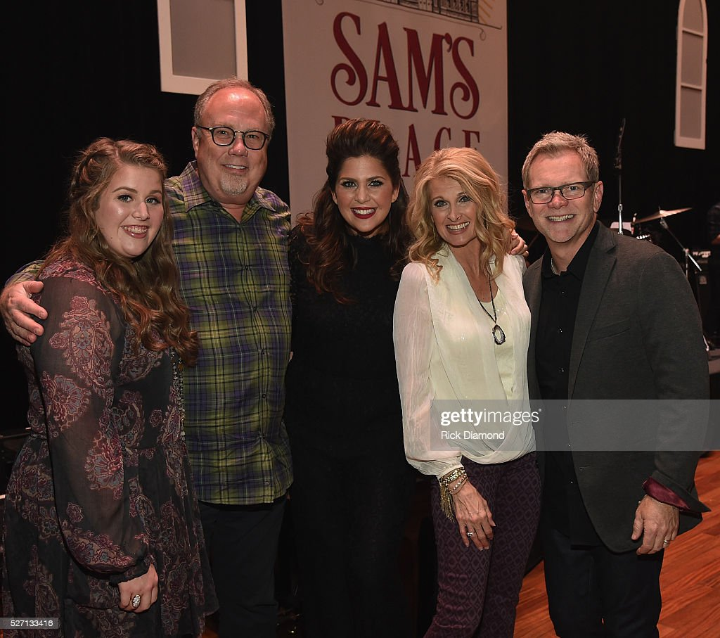 Rylee Scott, UMG Nashville Chairman/CEO Mike Dungan, Hillary Scott, Linda Davis and Steven Curtis Chapman during Sam's Place - Music For The Spirit - May 1, 2016 at Ryman Auditorium in Nashville, Tennessee.