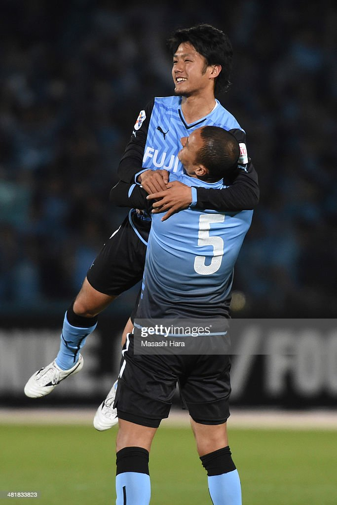 Ryota Oshima #16 of Kawasaki Frontale celebrates the winning goal during the AFC Champions League Group H match between Kawasaki Frontale and Western Sydney Wanderers at Todoroki Stadium on April 1, 2014 in Kawasaki, Japan.