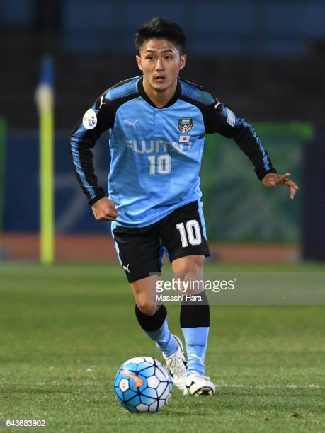 Ryota Oshima of Kawasaki Frontale in action during the AFC Champions League Group G match between Kawasaki Frontale and Suwon Samsung Bluewings at...